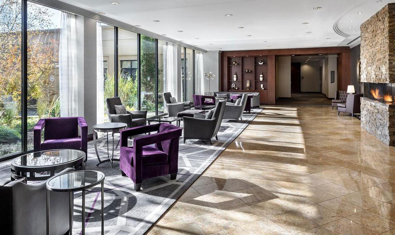 Sheraton Toronto Airport Hotel